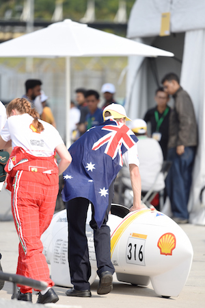 Shell Incharge Team Rolling Car